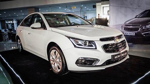 Chevrolet Cruze trong lần ra mắt tại Hà Nội.