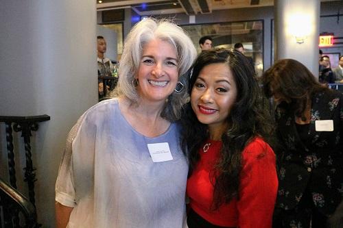 Bà Deborath Toress Patel, một doanh nhân người Mỹ, chuyên gia huấn luyện doanh nghiệp.