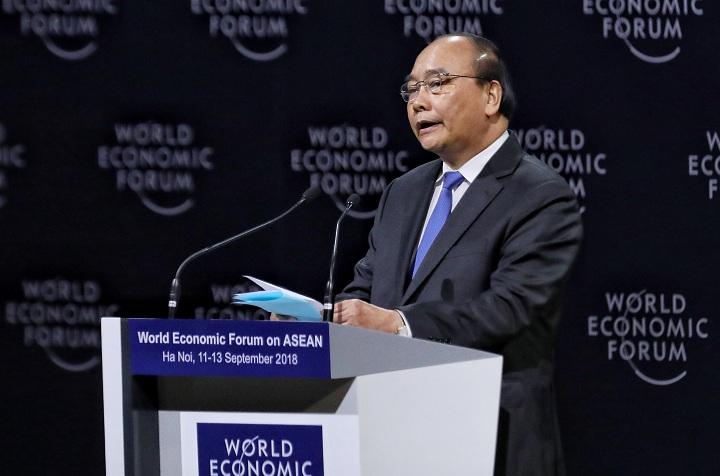 Thủ tướng Nguyễn Xuân Phúc phát biểu trong phiên khai mạc Diễn đàn Kinh tế Thế giới về ASEAN. Ảnh:Giang Huy