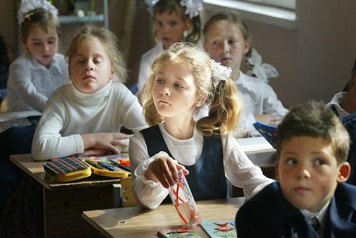 Học sinh tiểu học Nga dành ít thời gian ở lớp nhất thế giới. Ảnh: The Moscow Time