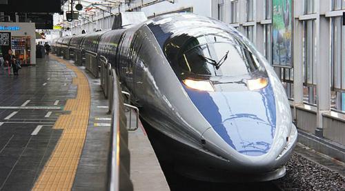 TàuShinkansen ở Nhật Bản. Ảnh:Japantourist/Kyotostation