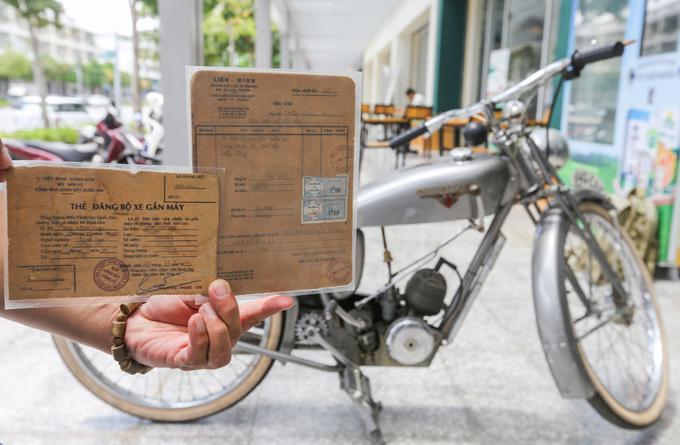 Người đàn ông sưu tập hàng nghìn hóa đơn của Sài Gòn xưa