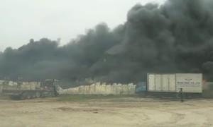Cháy kho nhựa rộng hàng trăm m2 ở Hưng Yên