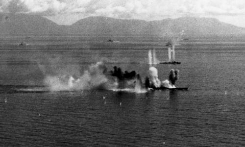 Musashi hứng chịu các đợt tấn công của máy bay Mỹ ngày 24/10/1944. Ảnh: Wikipedia.