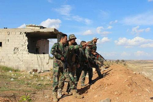 Các binh sĩ Syria tham gia chiến dịch quân sự gần Idlib. Ảnh:Al-Masdar News