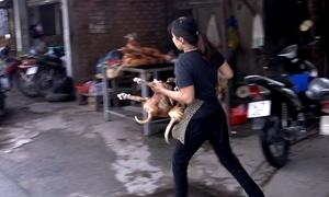 Tiểu thương chợ thịt chó lớn nhất Sài Gòn ôm hàng bỏ chạy