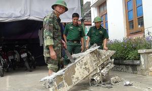 Ngư dân vớt được kim loại nghi của máy bay