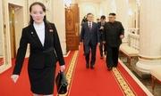 Vai trò tô điểm hình ảnh cho Kim Jong-un của vợ và em gái