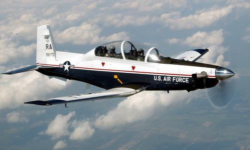 Một chiếc T-6A xuất phát từ căn cứ Randolph năm 2003. Ảnh: USAF.