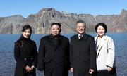 Chuyến thăm núi thiêng Paektu của Kim - Moon