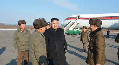 Kim Jong-un thăm núi Paekdu bằng máy bay IL-62 tháng 4/2014. Ảnh: Rodong Sinmun.
