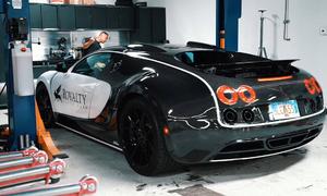 Một lần thay dầu siêu xe Bugatti mua được Camry