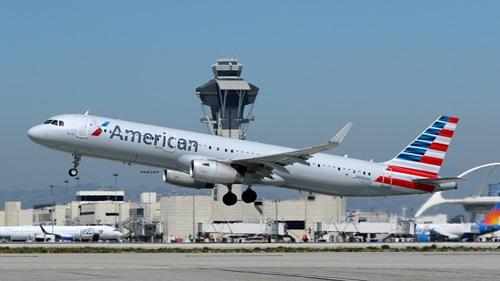 Một máy bay Airbus A321 của American Airlines. Ảnh: Reuters.