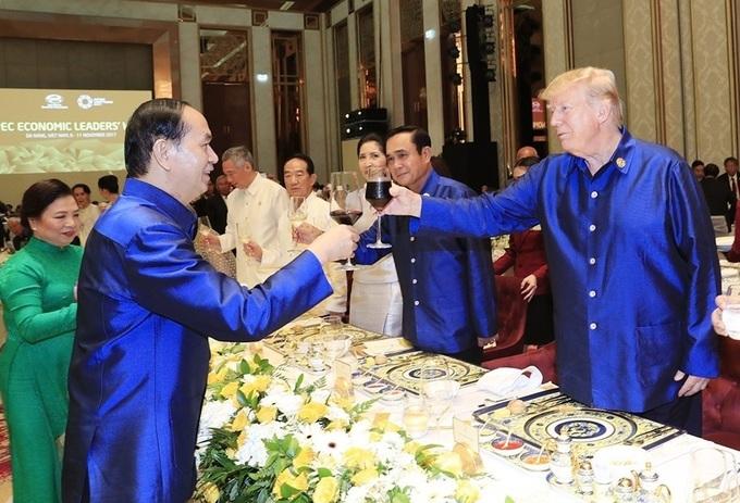 Chủ tịch nước Trần Đại Quang trong lần đón tiếp lãnh đạo thế giới tại Đà Nẵng