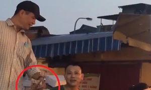 Hà Nội điều tra hoạt động 'bảo kê' công khai ở chợ Long Biên
