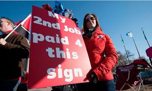 Một phần năm giáo viên Mỹ phải làm nghề tay trái để kiếm sống