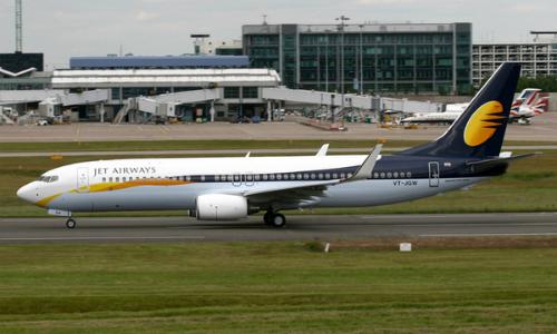 Một chiếc Boeing 737 của Jet Airways hồi năm 2017. Ảnh: Airliners.