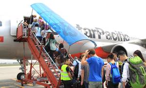Nữ hành khách lăng mạ nhân viên hàng không