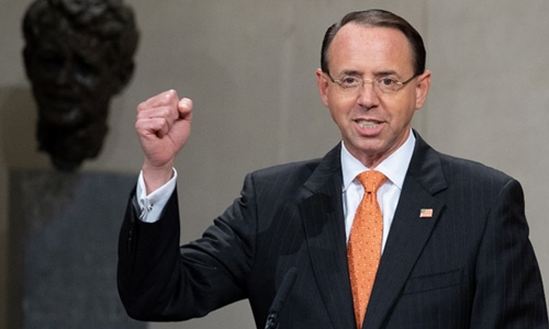 Thứ trưởng Tư pháp Mỹ Rod Rosenstein tại Washington ngày 18/9. Ảnh: Reuters.