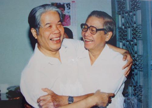 Tổng bí thư Đỗ Mười (trái) và Thủ tướng Võ Văn Kiệt. Ảnh tư liệu