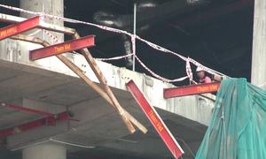 Ba công nhân rơi từ công trình trung tâm thương mại ở Sài Gòn