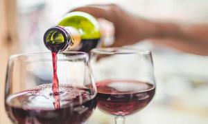 Những tác hại khôn lường khi dùng rượu với chất kích thích