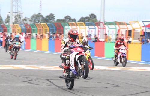 Tay lái Việt nài Honda Wave, MSX, Winner trên đường đua - 6