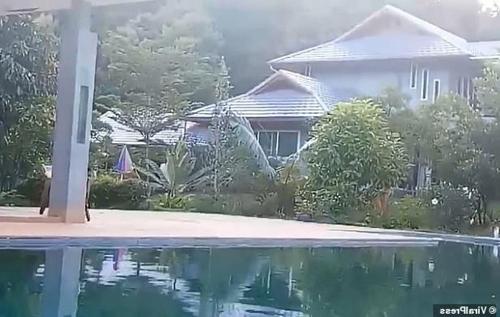 Căn nhà nơi cặp vợ chồng bị sát hại ở tỉnh Phrae, miền bắc Thái Lan. Ảnh: Bangkok Post.