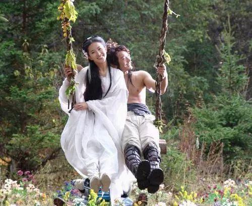 Tại sao nhiều người bật cười khi xem cảnh phim Thần Điêu Hiệp Lữ?