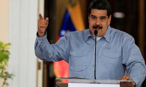 Tổng thống Venezuela Nicolas Maduro phát biểu tại thủ đô Caracas hôm 4/4. Ảnh: Reuters.