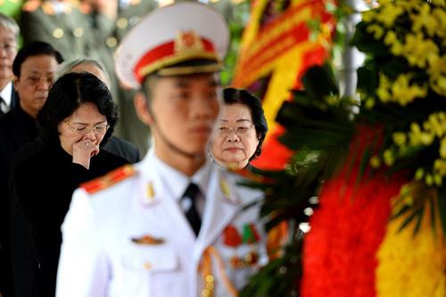 Quyền Chủ tịch nước Đặng Thị Ngọc Thịnh, nay là q