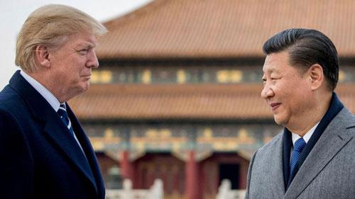 Tổng thống Mỹ Donald Trump (trái) gặp Chủ tịch Trung Quốc Tập Cận Bình ở Bắc Kinh năm 2017. Ảnh: Reuters.