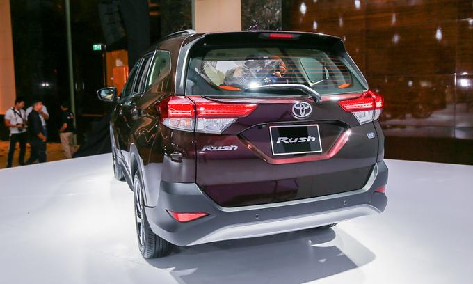 Toyota Rush - đối thủ mới của Mitsubishi Xpander tại Việt Nam