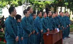 15 người tấn công trụ sở cảnh sát chữa cháy Bình Thuận lĩnh án