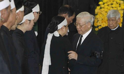 Lãnh đạo Việt Nam và nhiều nước viếng Chủ tịch nước Trần Đại Quang