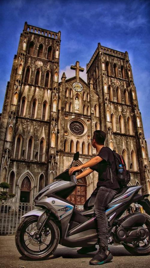 Nguyễn Đức Thịnh tại Nhà thờ Lớn (Hà Nội)