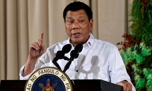 Tổng thống Philippines Rodrigo Duterte phát biểu tại một sự kiện ở Manila hồi năm 2016. Ảnh: Reuters.