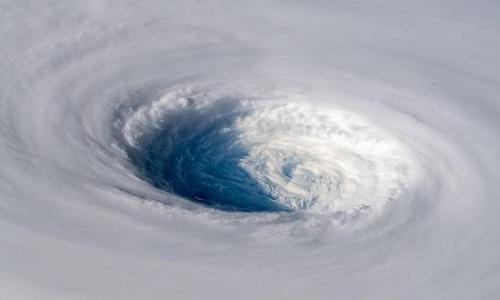 Hình ảnh bão Trami được chụp từ Trạm Vũ trụ Quốc tế. Ảnh: Twitter.