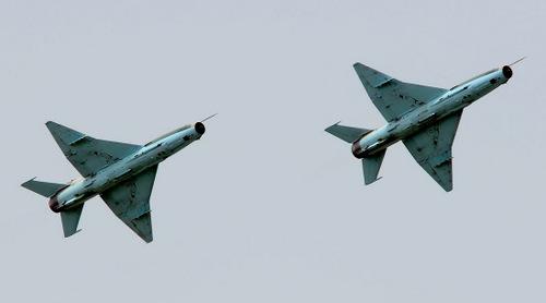 Hai tiêm kích F-7Ni của Nigeria hồi năm 2012. Ảnh: AFP.
