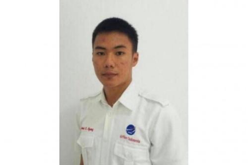 Nhân viên không lưu Anthonius. Ảnh: Straitstimes.