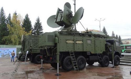 Một tổ hợp Krasukha-4 trong trạng thái triển khai tại Nga năm 2015. Ảnh: TASS.