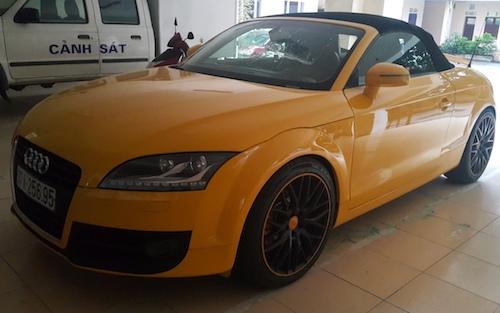 Chiếc Audi mà Sơn đã dùng kiếm để chém gây thiệt hại 175 triệu đồng.