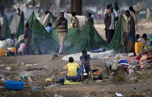 Người dân tại một trại tị nạn của Nam Sudan hồi năm 2015. Ảnh: UNMISS.