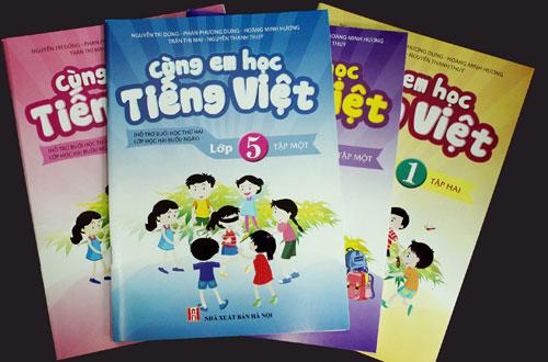 Nhiều cuốn sách tham khảo phụ huynh phải mua cho con theo danh sách yêu cầu của nhà trường không được học sinh dùng tới. Ảnh minh họa: Nxb Hà Nội.