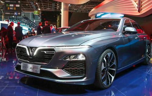 VinFast Lux A2.0 tại Paris Motor Show.