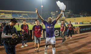 Cầu thủ Hà Nội bật mí về hành trình đến ngôi vương V-League 2018
