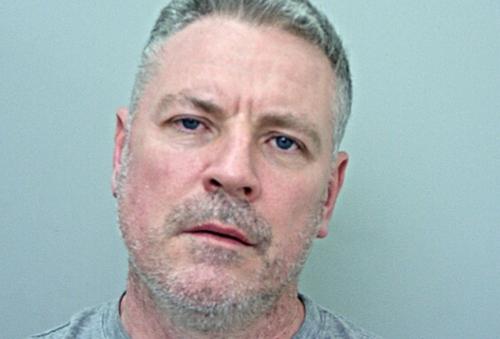 Matthew Moseley bị con trai cáo buộc bóp cò súng. Ảnh: Lancashire Constabulary.
