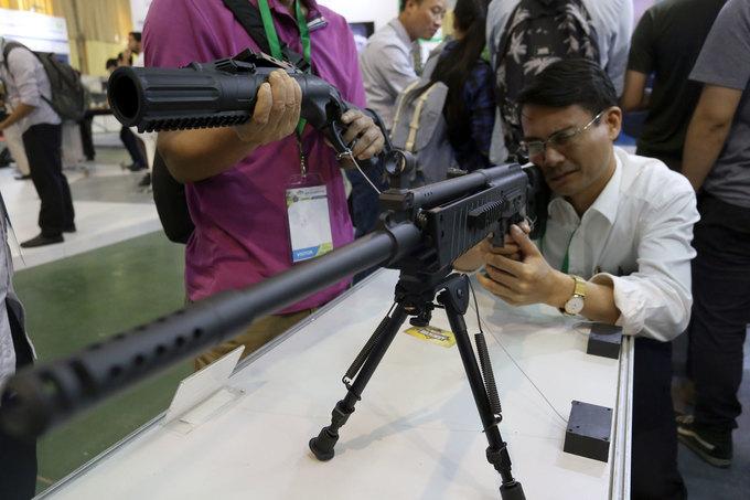 Vũ khí của Việt Nam ra mắt tại triển lãm quốc tế về an ninh
