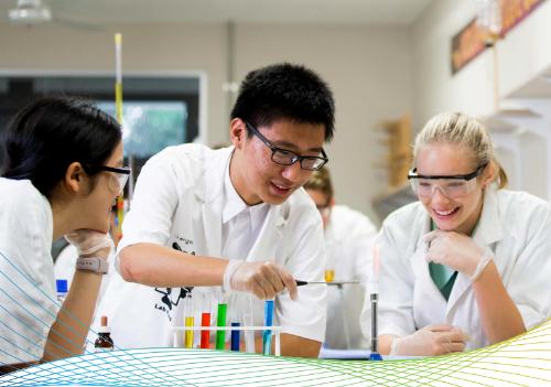 Chất lượng giáo dục các trường công lập Australiađược công nhận toàn cầu, môi trường sống và học an toàn.