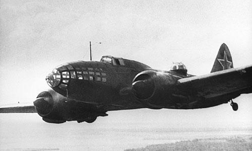 Oanh tạc cơ tầm xa Ilyushin DB-3 của Liên Xô. Ảnh: Sputnik